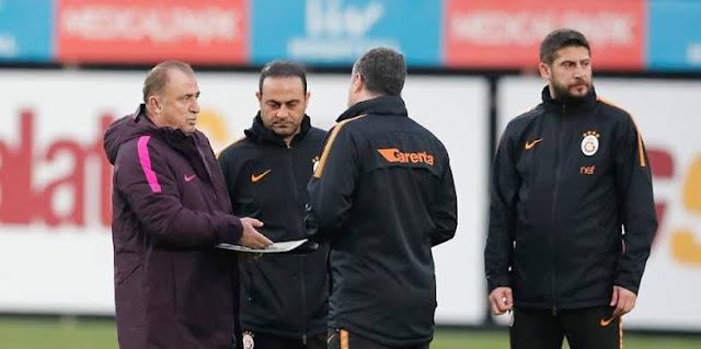 Galatasaray yönetimi tahkimi bekliyor.