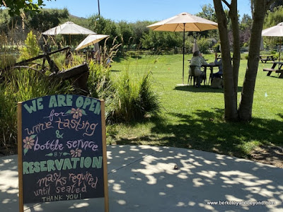 welcome sign at Stolo Family Vineyards in Cambria, California