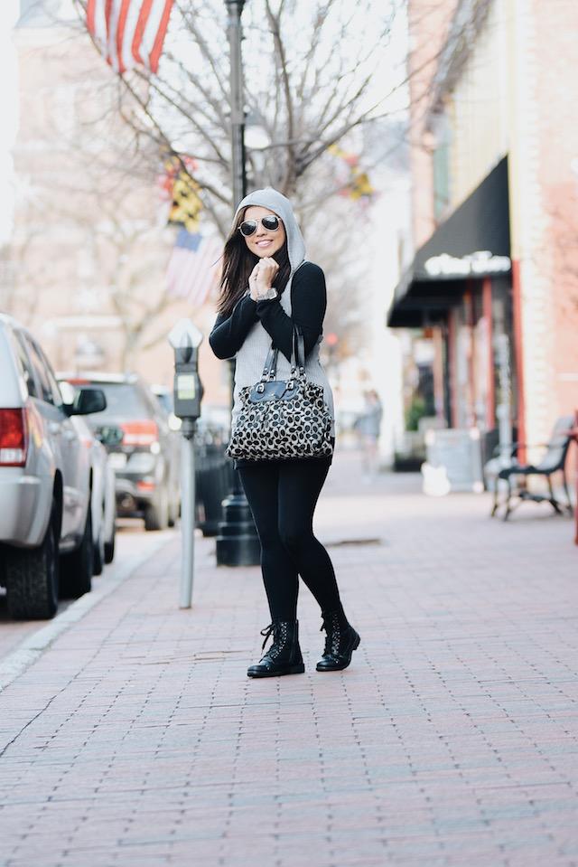 Wearing: Gray T-shirt: Choies Black Sweater: Choies Leggings: SheIn Bag: Coach Boots: Yoki (Similar Here)