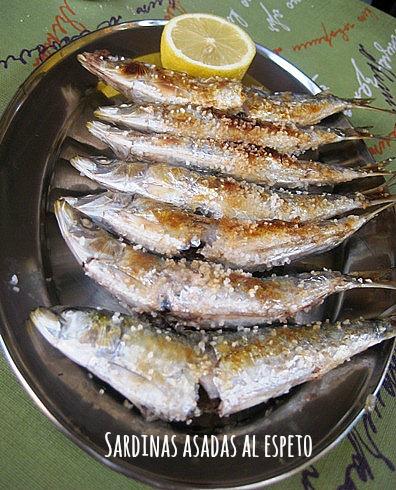 sardinas-asadas-espeto