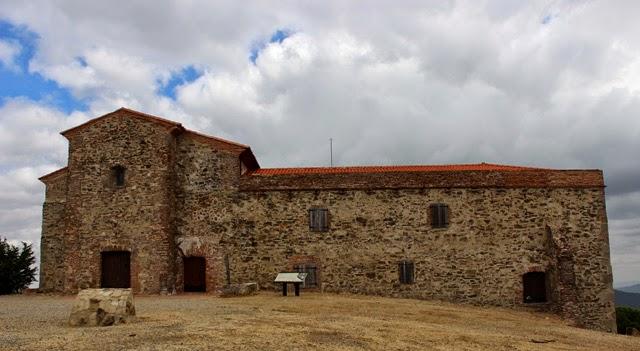 Monasterio de Santa María de Tentudía