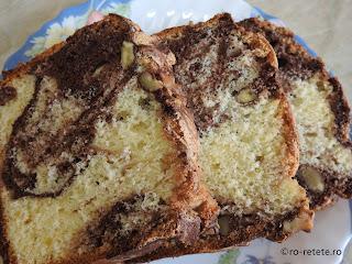 Pandispan cu nuca si cacao reteta chec marmorat cu nuci si ciocolata dulce pufos retete desert de casa cu oua zahar vanilie copt la cuptor,,
