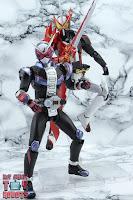 S.H. Figuarts Kamen Rider Saber Brave Dragon 46