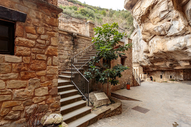 Монастырь Monestir de Sant Miquel del Fai