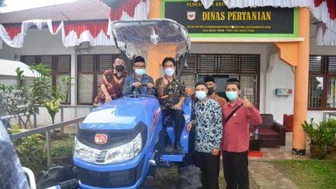 alsintan bantuan Anggota DPR Hermanto