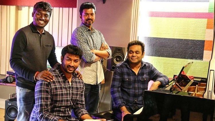 Vijay fans celebrate 'Verithanam' one year anniversary