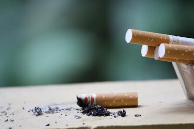 bahaya rokok pada tenggorokan