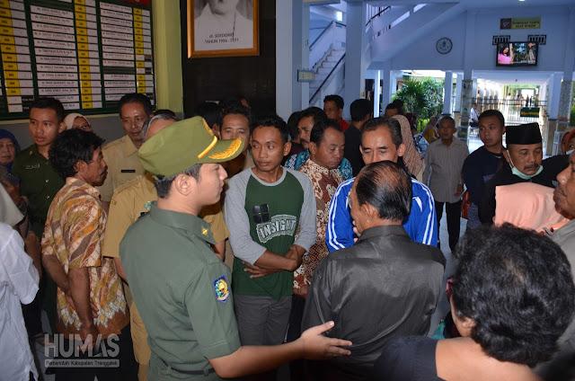 Bupati Nur Arifin Tinjau Pelayanan Poli Rawat Jalan Pasca Libur Lebaran