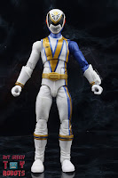 Power Rangers Lightning Collection SPD Omega Ranger & Uniforce Cycle 03