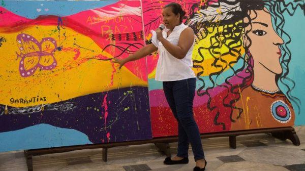 Indemnizan a más de siete mil colombianas víctimas de violencia