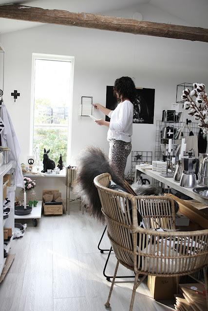 annelies design, webbutik, webbutiker, webshop, nätbutik, butik, varberg, leopard, byxa, byxor, ljusförvaring, vägg, väggen, ljushållare, stearinljus,