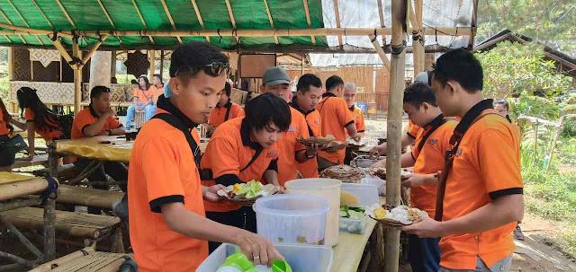 Inilah Wisata Kuliner Bandung yang Harus Kamu Coba