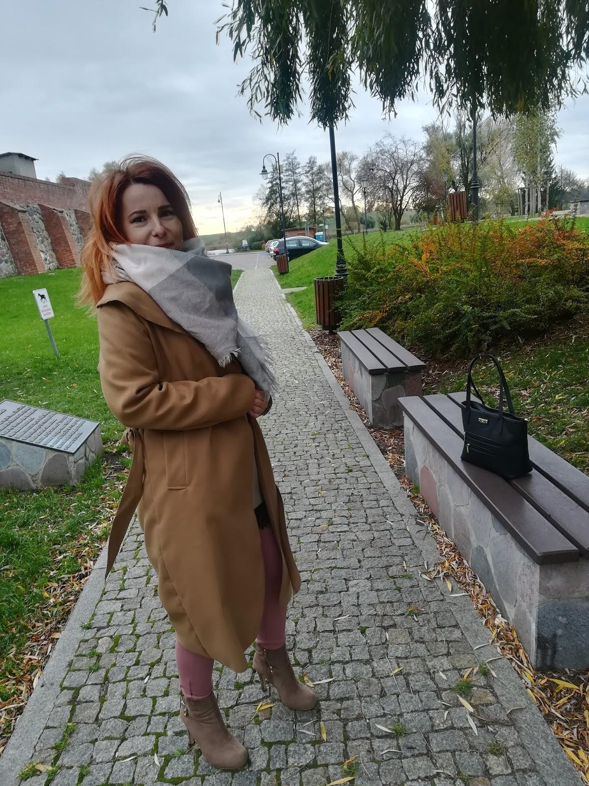 femme luxe płaszcz karmelowy