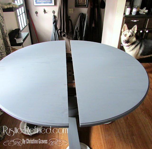 Updating a kitchen table using chalk paint