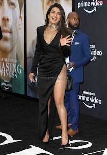Priyanka Chopra in a Stunning Leg Cut Black Designer Gown ~ bollycelebs.in Exclusive Celebrity Pics 009