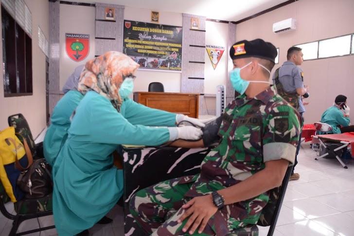 Atasi Kekurangan Stok Darah, para Prajurit Kodam Hasanuddin Rela Sumbangkan Darahnya