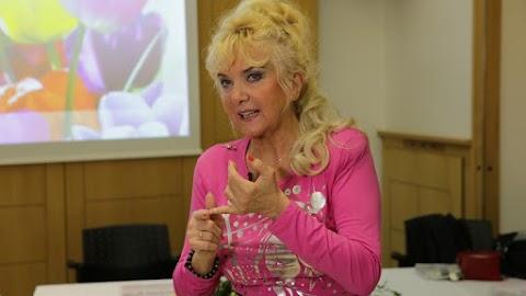 Fájdalmas vallomás: ritka betegség gyötri Karda Beát