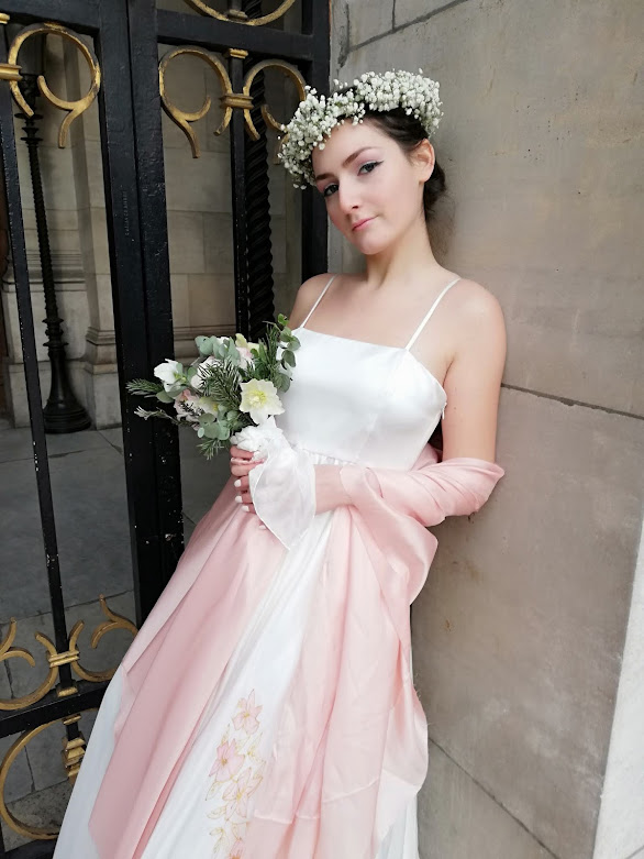 Robe de mariée Hellebores en mousseline de soie nude
