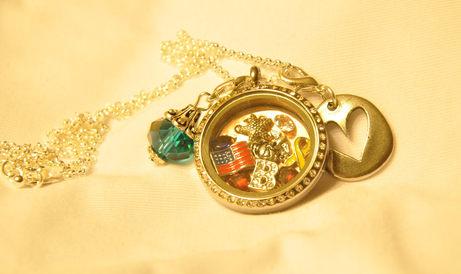 Marine Wife, Mommy & Life: Living Lockets Origami Owl ... - photo#21