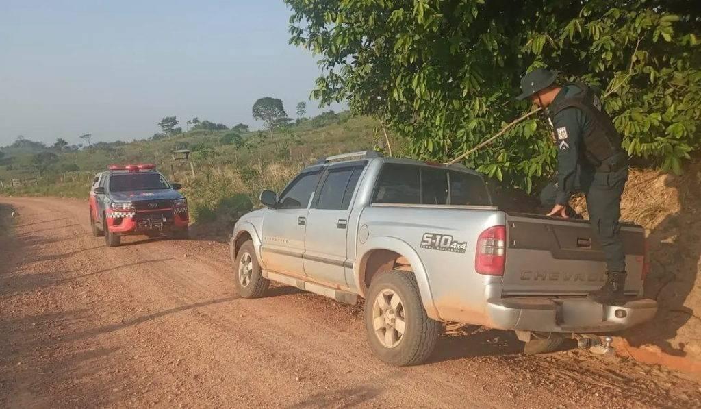 Numeração de placa fornecida em informe de vítima da chacina bate com caminhonete encontrada em Xinguara (Imagem: Divulgação)