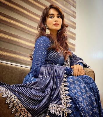 surbhi jyoti latest pics