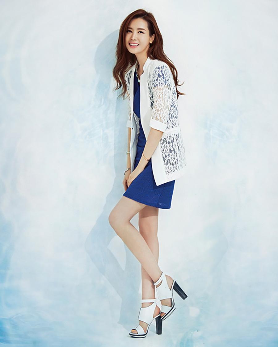 Lee Da-hae manis kaki jenjang manis paha mulus
