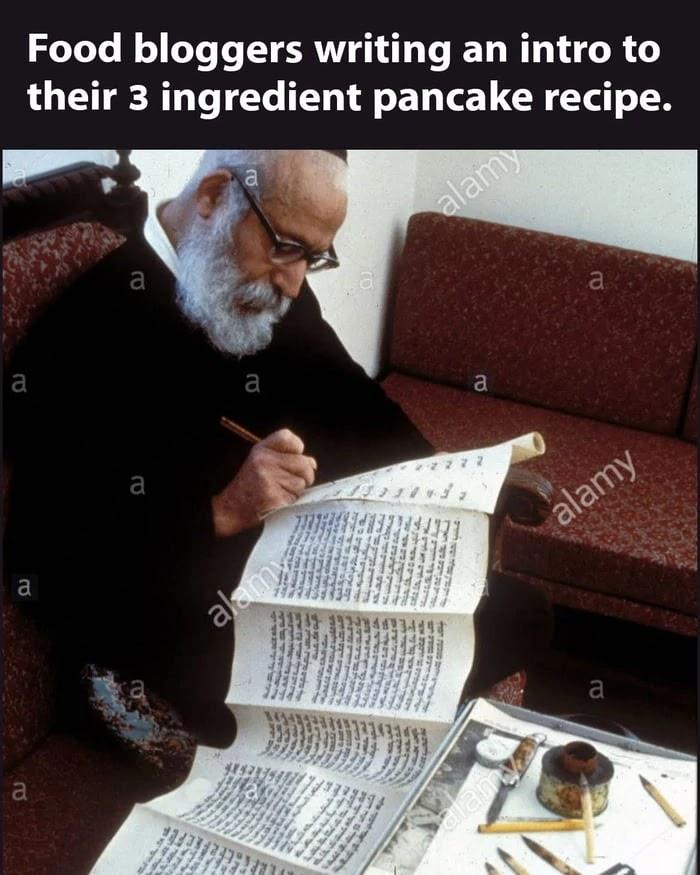 recipe-blogger-writing-three-page-intro-of-three-ingredients-of-pancake