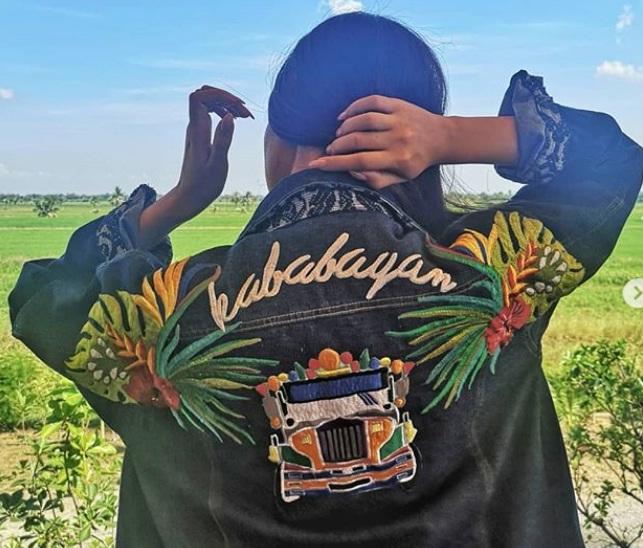 """Catriona shows off her """"Kababayan"""" denim jacket"""