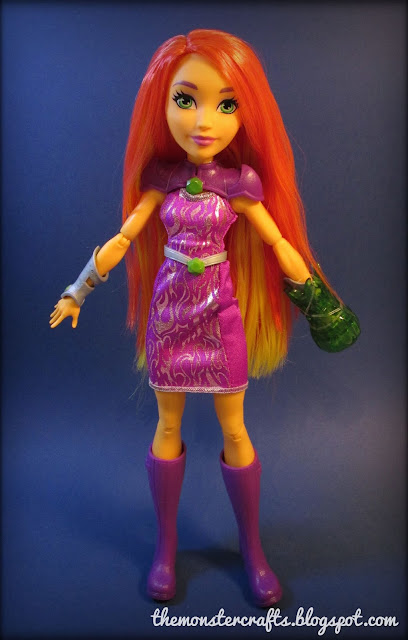 DC Super Hero Girls Starfire Review