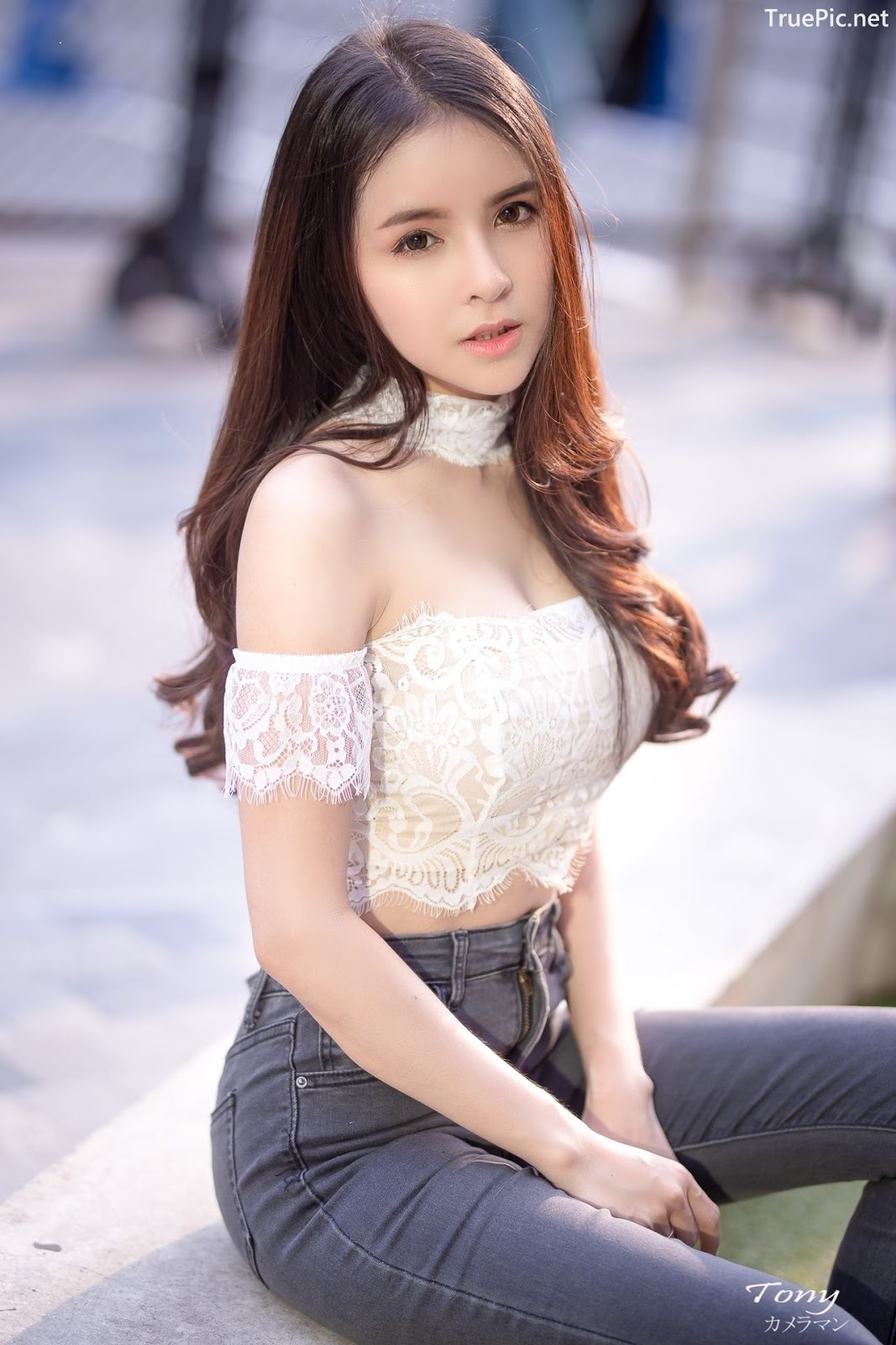 Image-Thailand-Beautiful-Model-Soithip-Palwongpaisal-Transparent-Lace-Crop-Top-And-Jean-TruePic.net- Picture-10