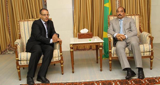 الرئيس الموريتاني السابق محمد ولد عبد العزيز يعزي الحكومة الصحراوية في رحيل القيادي البارز أمحمد خداد.