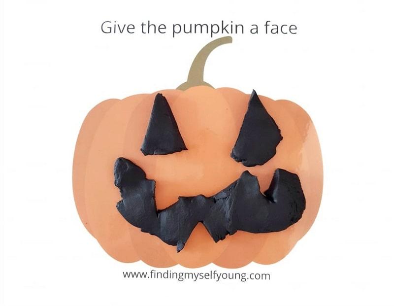 free halloween jack-o-lantern playdough mat