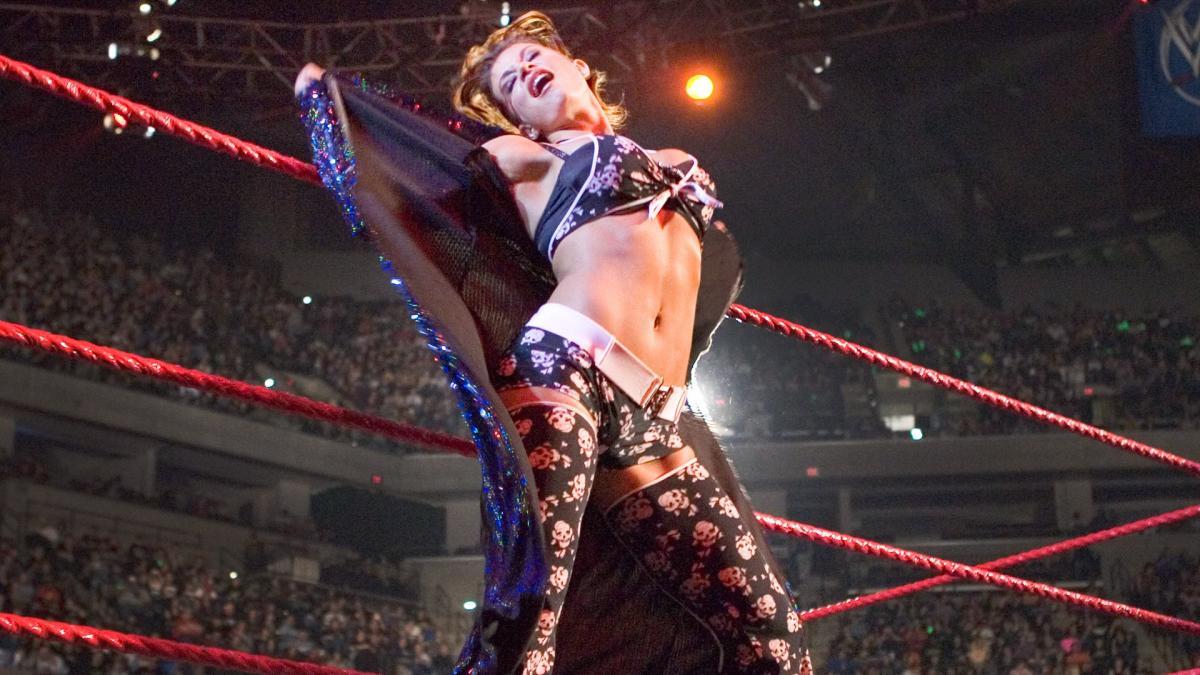 Candice Michelle não deve comparecer no WWE RAW desta noite