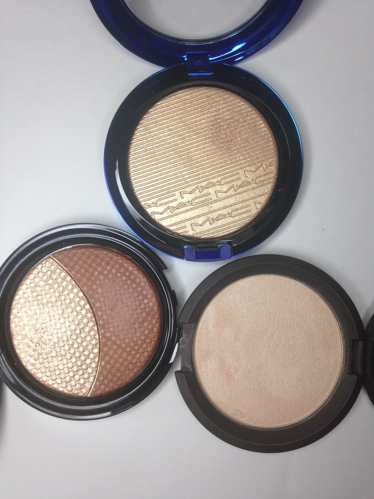 Mac Oh Darling Review Giveaway: Makeup Check: MAC: Magic Of The Night Highlighters In Oh