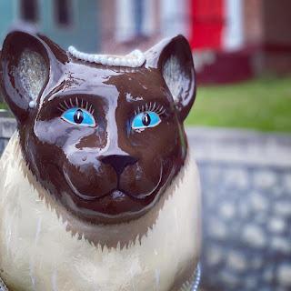 Siamese Cat Sculpture in Catskill, New York