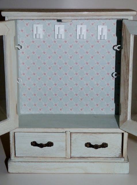 armario-madera-interior