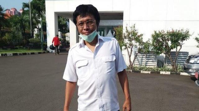 Ini Tulisan Panjang Adrian Napitupulu, Penuh Serangan dan Kritik Pedas, Erick Thohir dan BUMN Disikat