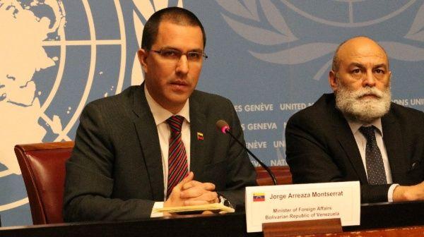 El canciller Arreaza denunció la campaña mediática internacional contra Venezuela.