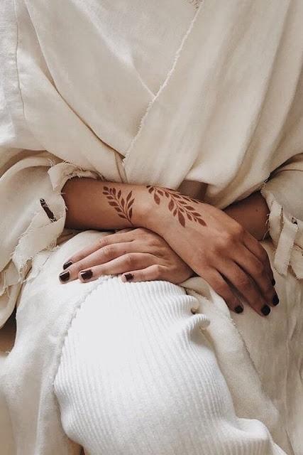 رسومات حنة لليدين ليوم الزفاف