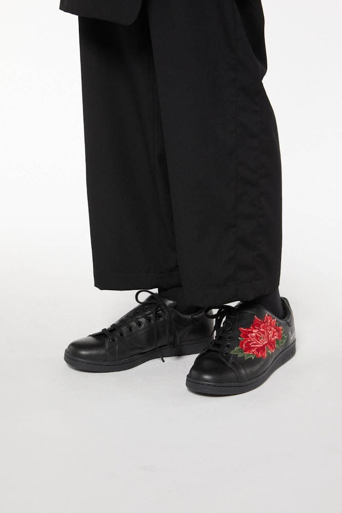 Y's A/W 2020 - Adidas Stan Smith featuring Peony flower 14