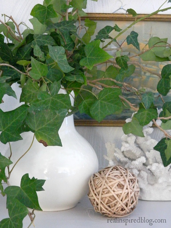 Decorating from the Yard with ivy cuttings in a vase