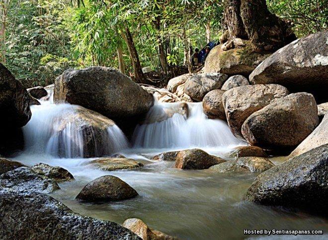 6 Tempat Menarik Lokasi Air Terjun Percutian Di Perak