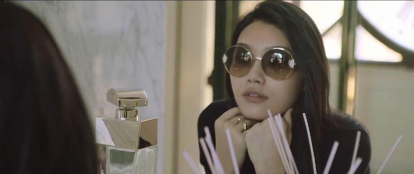 Canzone Salvatore Ferragamo pubblicità con modella cinese a Firenze - Musica spot Dicembre 2016