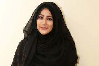 4 Artis Yang Jadi Panutan Dalam Menggunakan Hijab Syar'i