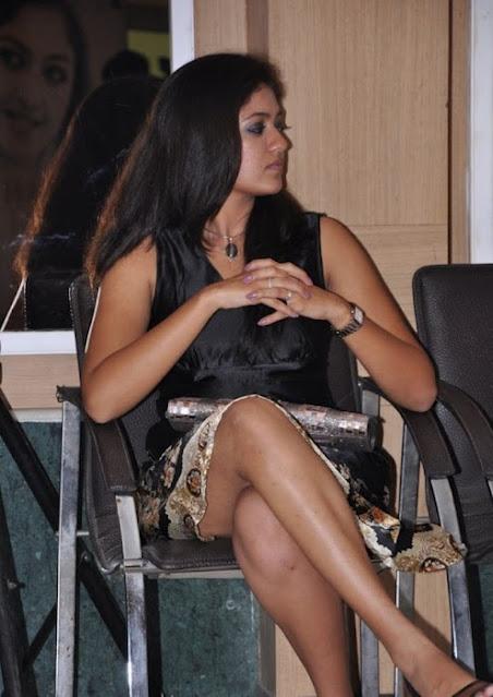 Actress Crossed Legs Hot Pics Actress Trend