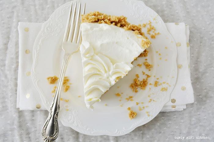 Key Lime Pie, Key Lime Sour Cream Pie, Citrus Pie, Citrus Recipes, Winter Baking Ideas, Key Lime Recipes