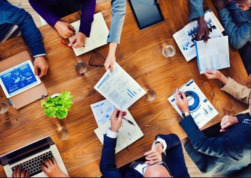 Gestão 3.0 ou Management 3.0 são termos que dão nome a metodologias que otimizam os processos da gestão de projetos, por meio da criação de práticas de desenvolvimento de competências entre os colaboradores e o crescimento da estrutura empresaria