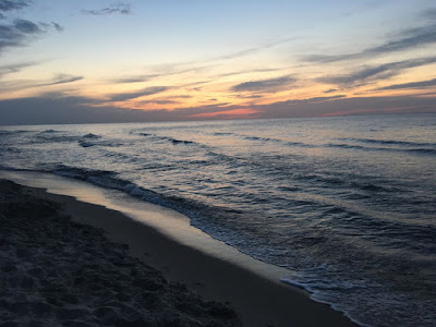 Plaża nad morska w Sarbinowie zachód słońca