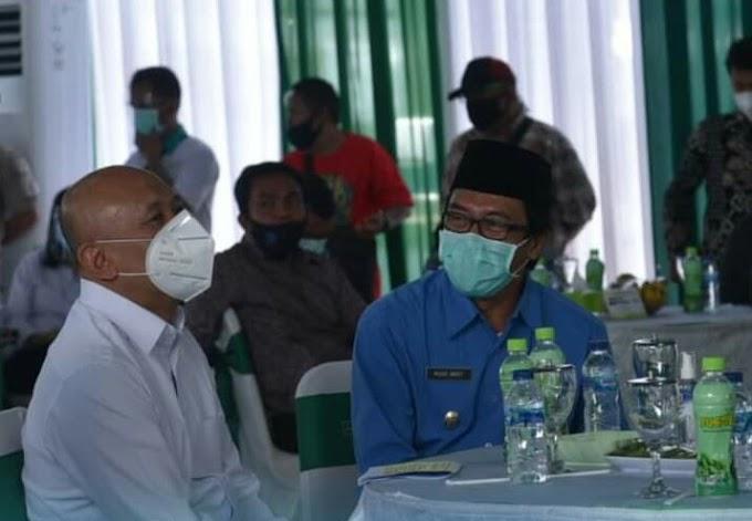 Plt Kyai Muqit Dampingi Kemenkop Tinjau Program Di Masa Pandemi Covid Di Rasakan Sangat Bermanfaat Bagi Kabupaten Jember.