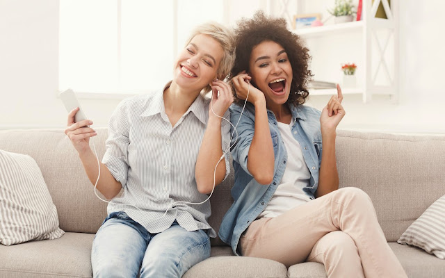 10 Songs About Friendship Download and Play on Best Friend Day